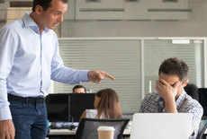 Boss Day: बॉस से परेशान? जानें, कैसे बनें उनके खास