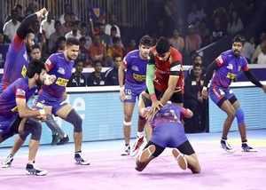 bengal warriors beat u mumba and dabang delhi beat bengaluru bulls to enter pkl 2019 final