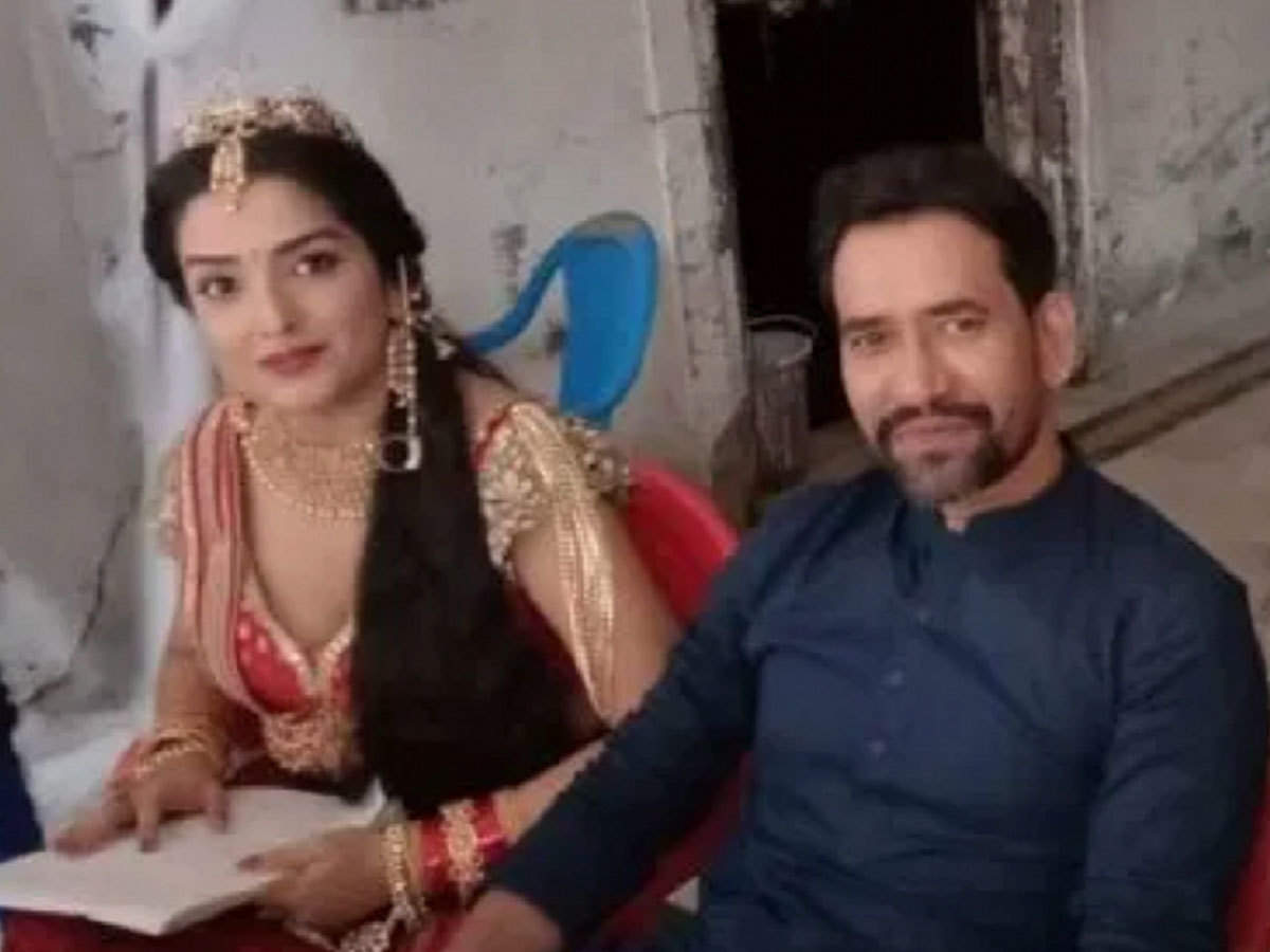 Image result for आम्रपाली दुबे राज महल फिल्म
