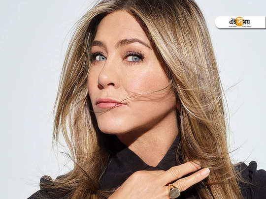 hollywood actress jennifer aniston claims record for fastest to reach one million instagram followers within hours