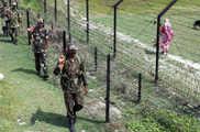बॉर्डर पर बांग्लादेशी सेना ने की गोलीबारी, बीएसएफ का एक...