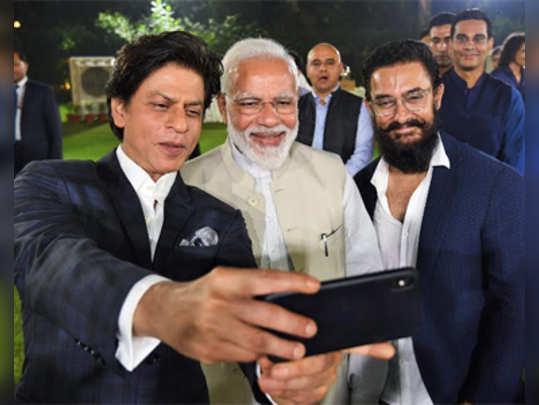 selfie-with-pm