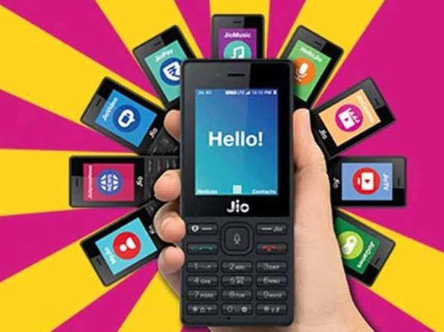 Reliance Jio का दिवाली ऑफर, एक्स्ट्रा बेनिफिट के साथ ₹808 में गिफ्ट करें जियो फोन