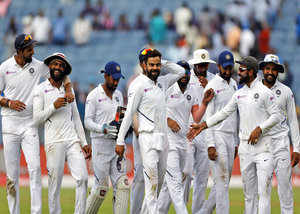 8 at stumps india 2 wickets away from series cleansweep