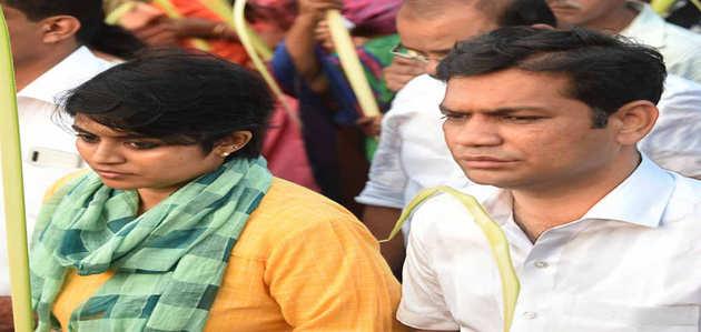 केरल: कांग्रेस सांसद की पत्नी का विवादास्पद बयान, कहा- किस्मत रेप की तरह, आप उसे रोक नहीं सकते तो मज़े लीजिए
