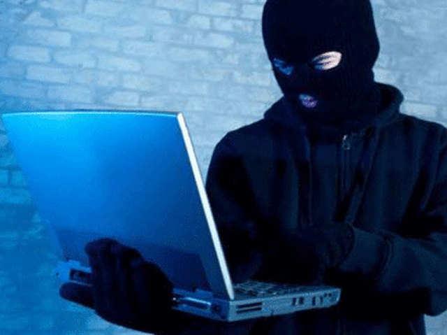 वायरस के जरिए डेटा की चोरी, बैंक में पैसे ट्रांसफर होने का आता है ईमेल