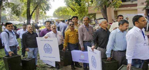जम्मू-कश्मीर BDC चुनाव में BJP को वॉकओवर? बीजेपी बनाम निर्दलीय है मुकाबला