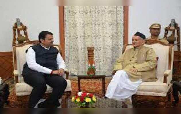 महाराष्ट्र: सीएम फडनवीस, शिवसेना नेता दिवाकर राओते ने राज्यपाल से की मुलाकात