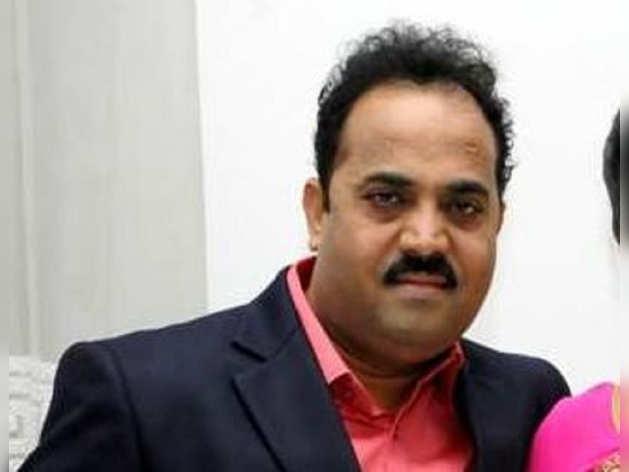 शिवसेना के 45 MLA BJP के साथ महाराष्ट्र सरकार का हिस्सा बनने के इच्छुक: संजय काकड़े