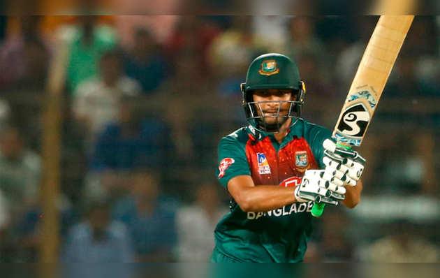 ICC ने बांग्लादेश के क्रिकेटर शाकिब अल हसन पर पर लगाया दो साल का बैन