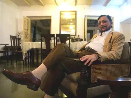 देशात काही लोकांना बोलण्याचं अति स्वातंत्र्य आहे: शरद बोबडे