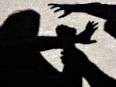 पति की हत्या फिर गैंगरेप, पोस्टमॉर्टम-मेडिकल के लिए 100 किमी भटकती रही पीड़िता
