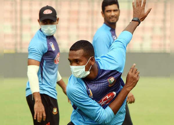 मास्क पहने दिखे ज्यादातर विदेशी क्रिकेटर