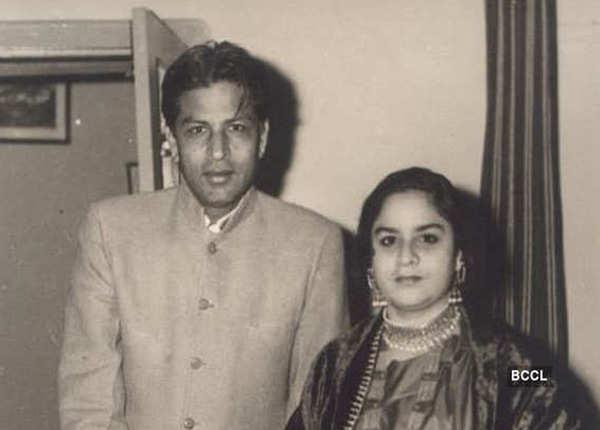 जब एक लड़की ने शाहरुख के पापा से की उनकी शिकायत
