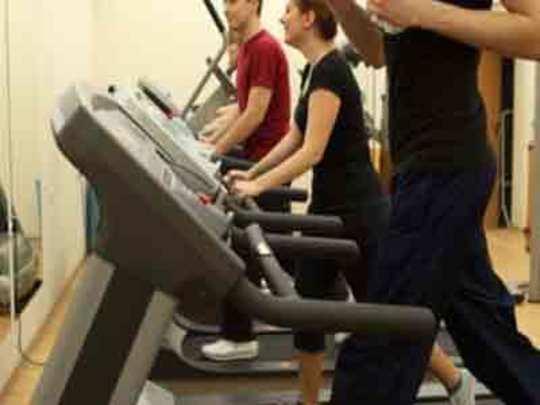 मधुमेहींनो व्यायाम करा जपून