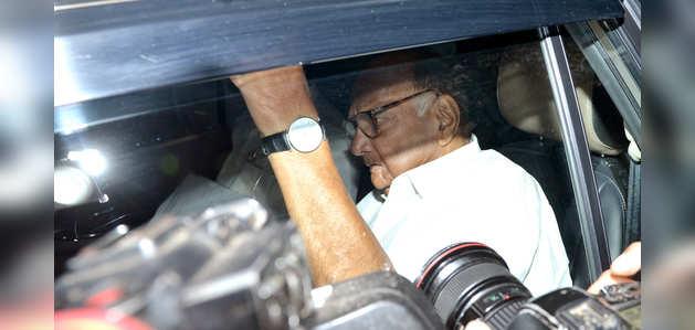 महाराष्ट्र में सरकार बनाने की जिम्मेदारी BJP की है: शरद पवार
