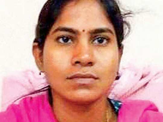 woman tahsildar