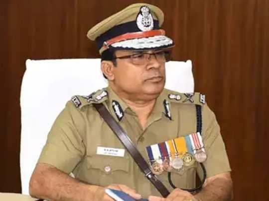 tamilnadu police officials: அயோத்தி வழக்கில் தீர்ப்பு? காவலர்கள் விடுப்பு  எடுக்கக் கூடாது-டிஜிபி திரிபாதி சுற்றறிக்கை - Dont take leave: DGP J.K.  Tripathy circular to Police ...
