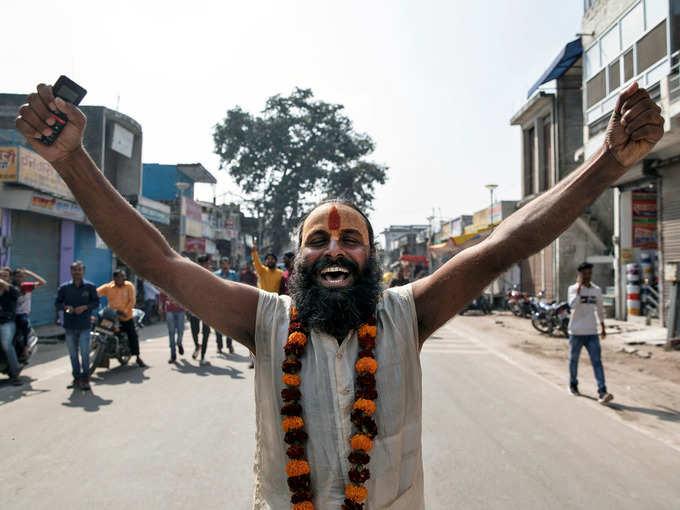 तस्वीरें: सुप्रीम फैसले के बाद यूं दिखी अयोध्या