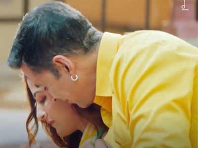 दिल को छू जाएगा अक्षय कुमार और नूपुर सैनन का म्यूजिक विडियो 'फिलहाल'