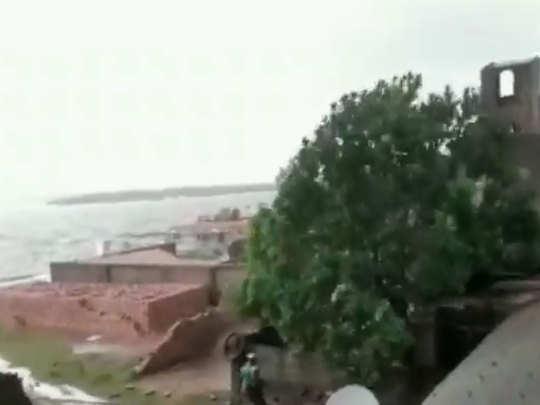 बंगाल में बुलबुल का कहर
