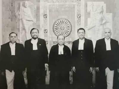 5 जजों की बेंच ने दिया अयोध्या पर फैसला