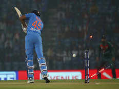ind vs ban 3rd t20 shafiul islam removes rohit sharma early