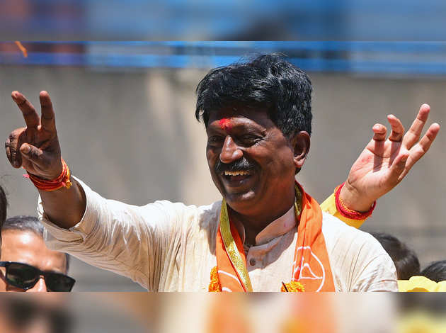 महाराष्ट्र राजनीतिक विवाद: अरविंद सावंत का मोदी मंत्रिमंडल से इस्तीफे का ऐलान
