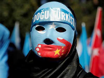 उइगर मुसलमानों पर चीन की सख्ती आम