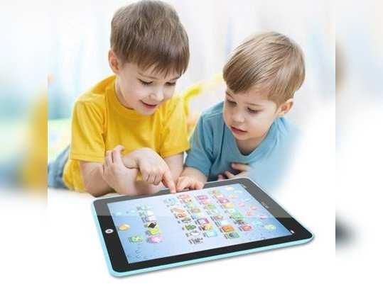 मोबाइलच्या अतिवापरामुळे मुलांमध्ये दृष्टीदोष