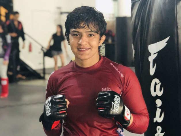 MMA में छाने को तैयार देसी पहलवान ऋतु फोगाट
