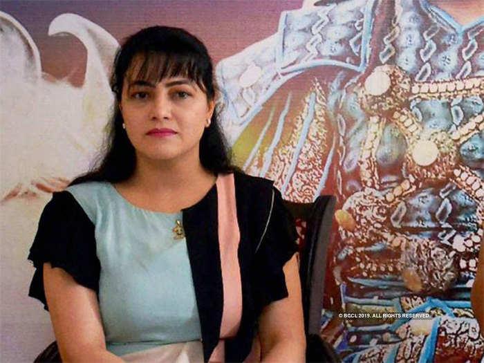 हनीप्रीत की अर्जी पर विचार कर रही है सरकार