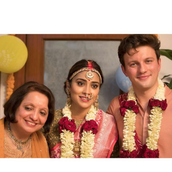 actress shriya sarans instagram images goes sensational on internet