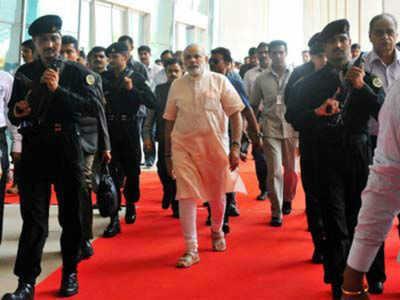 प्रधानमंत्री नरेंद्र मोदी की सुरक्षा में लगे एसपीजी कमांडो।
