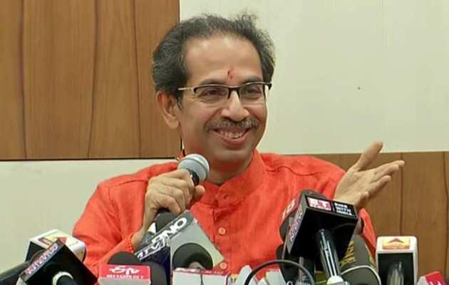 महाराष्ट्र विधानसभा में उद्धव ठाकरे ने कराया मंत्रियों का परिचय