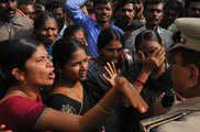 हैदराबाद रेप: ऐक्शन में आई पुलिस, एसआई समेत 3 पुलिसकर्म...