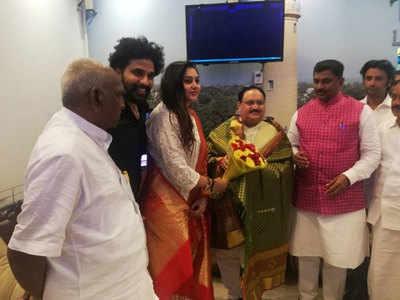 नमिता और राधा रवि (फोटो: एएनआई)