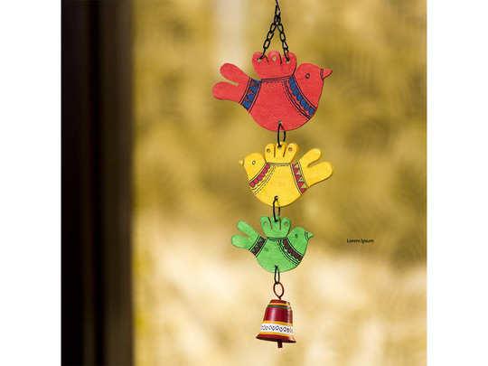 रंग बिरंगे खूबसूरत Balcony Hangings सस्ते में मिल रहे हैं Amazon पर
