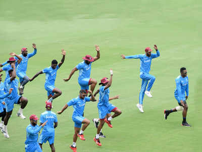 हैदराबाद में विंडीज टीम का प्रैक्टिस सेशन