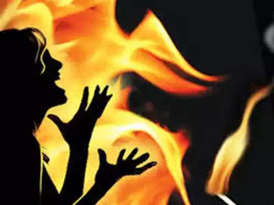 उन्नाव: बलात्कार पीडितेला जाळून मारण्याचा प्रयत्न