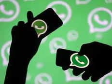 जम्मू-कश्मीर में इंटरनेट बैन के 120 दिन, कश्मीरियों के वॉट्सऐप अकाउंट हुए डी-ऐक्टिवेट