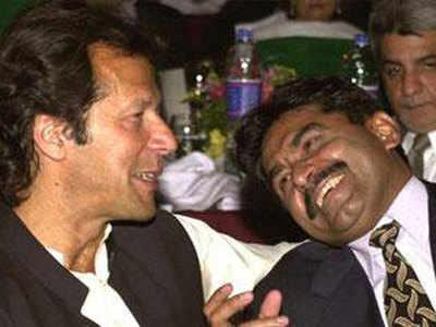 जावेद मियांदाद और इमरान खान (फाइल फोटो)