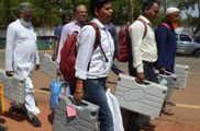 झारखंड विधानसभा चुनाव: दूसरे चरण में 20 सीटों पर शुरू ह...