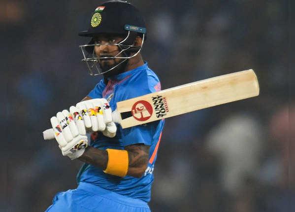 सबसे तेज 1000 रन: केएल राहुल तीसरे नंबर पर
