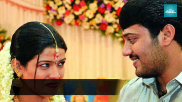 actor bala and singer amrutha officially divorced