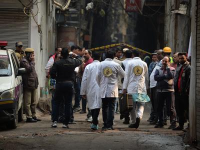 अनाज मंडी आग: क्राइम ब्रांच ने शुरू की जांच, फरेंसिक टीम पहुंची