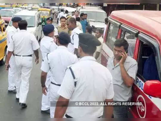help others, Kolkata police urged to the people of the city