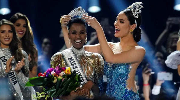 miss universe 2019 winner is miss south africa zozibini tunzi