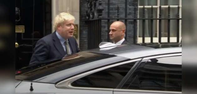 चुनाव जीतने के बाद ब्रिटेन की महारानी से मिले जॉनसन, सरकार बनाने की अनुमति मांगी