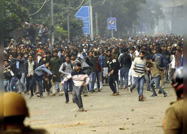 दिल्ली में अन्य जगहों पर भी प्रदर्शन